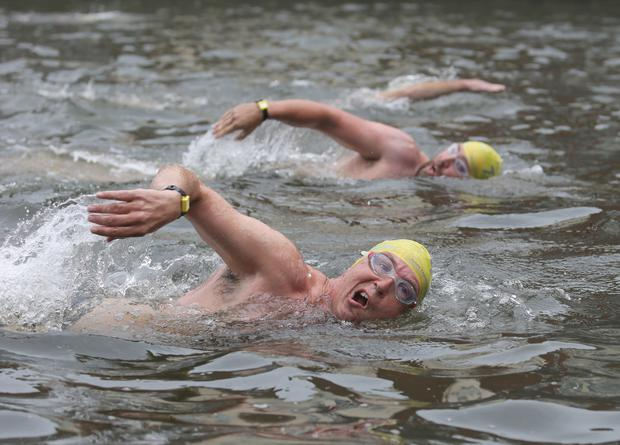Competitors compete in the Liffey swim in Dublin. Picture credit; Damien Eagers / INM