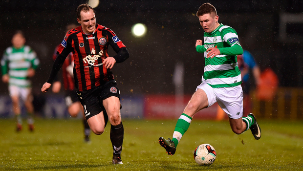 James Doona of Shamrock Rovers in action against Derek Pender of Bohemians. Photo by Seb Daly/Sportsfile