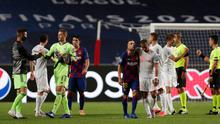 Barcelona and Bayern players after the match