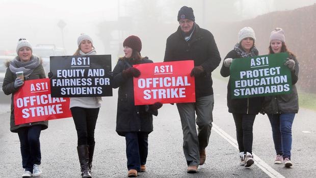 Teachers at the Salesian College, Celbridge, Co. Kildare pictured on the picket line outside their school this morning
