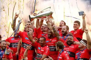 Toulon celebrate winning the European Rugby Champions Cup Final with the trophy