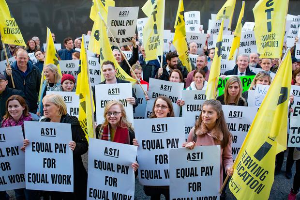 A protest by ASTI teachers at the Dáil after the announcement of industrial action Photo: Arthur Carron