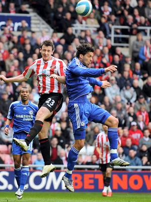 Chelsea's Michael Ballack (right) and Sunderland's Roy O'Donovan battle for the ball in 2008