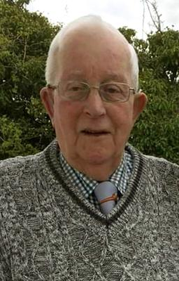 Lawrence (Larry) McManus died at South West Acute Hospital and was buried on Easter Saturday
