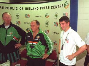 Maurice Setters, centre, accompanied by Jack Charlton and Roy Keane, speaks at a press conference to confirm that there had been no difference of opinion between himself and Roy