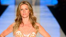 Gisele Bundchen walks the runway during the Colcci show at SPFW Summer 2016 at Parque Candido Portinari on April 15, 2015 in Sao Paulo, Brazil.  (Photo by Fernanda Calfat/Getty Images)