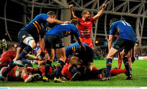 Sebastien Tillous-Borde, Toulon, celebrates after team-mate Anthony Etrillard scored their side's third try of the match. Picture credit: Seb Daly / SPORTSFILE