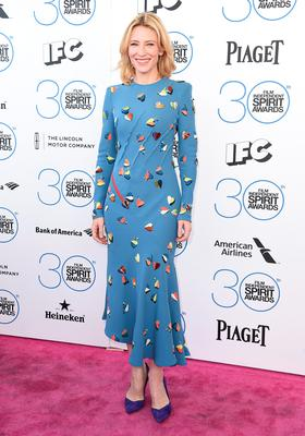 Cate Blanchett poses for cameras on the red carpet