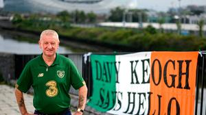 Ireland fan Davy Keogh displays his banner in front of the Aviva stadium. Photo: Stephen McCarthy/Sportsfile