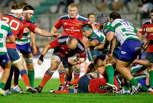 BJ Botha, Munster, runs at the Benetton Treviso defence. Roberto Bregani / SPORTSFILE