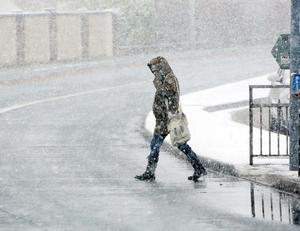 Heavy snow in Lucan, Dublin this morning during the morning rush hour last year