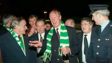 Taoiseach Albert Reynolds welcomes Republic of Ireland manager Jack Charlton at Dublin Airport after the team secured qualification to the 1994 World Cup. Photo by Ray McManus/Sportsfile