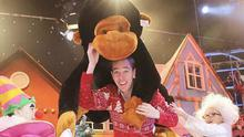 IMAGES EMBARGOED UNTIL 6AM FRIDAY 28TH NOVEMBER 2014. 27/11/2014. RTE LATE LATE TOY SHOW. Pictured Ryan Tubridy on the set of the Late Late Toy Show by (LtoR) Julia Dempsey (8) from Carlow and Cara Hayes (9) from Dublin today ahead of the RTE Late Late Toy Show which this year has the theme of the iconic musical film Chitty Chitty Bang Bang. Photo: Sam Boal / Photocall Ireland