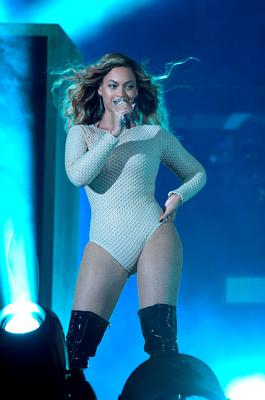 Beyonce performs onstage during 2015 Global Citizen Festival to end extreme poverty by 2030 in Central Park on September 26, 2015 in New York City.  (Photo by Theo Wargo/Getty Images for Global Citizen)