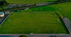 A general view of players in spaced out groups at Moorefield Senior Football Squad training session at Moorefield GAA club in Newbridge, Kildare recently. Photo: Piaras Ó Mídheach/Sportsfile