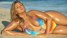Portrait of Hunter McGrady during photo shoot for Sports Illustrated Swimsuit. Body paint by Joanne Gair. Picture: Josephine Clough via Sports Illustrated Swimsuit