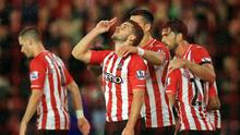 SOUTHAMPTON, ENGLAND - NOVEMBER 08: Shane Long of Southampton celebrates scoring a goal during the Barclays Premier League match between Southampton and Leicester City at St Mary's Stadium on November 8, 2014 in Southampton, England.  (Photo by David Cannon/Getty Images)