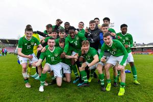 Ireland players celebrate after the UEFA Under-17 European Championship Qualifier match between Republic of Ireland and Israel at Turner's Cross in Cork. Photo by Piaras Ó Mídheach/Sportsfile