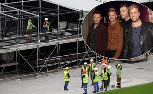 Workers construct the stage this afternoon for the Westlife concerts taking place on Friday this weekend at Croke Park. Picture: Colin Keegan/Collins Dublin