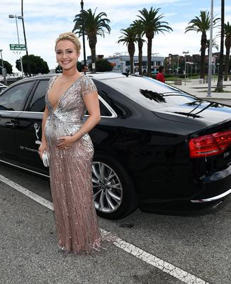 Actress Hayden Panettiere attends the 66th Annual Primetime Emmy Awards held at the Nokia Theatre L.A. Live on August 25, 2014 in Los Angeles, California.  (Photo by Michael Buckner/Getty Images for Audi)