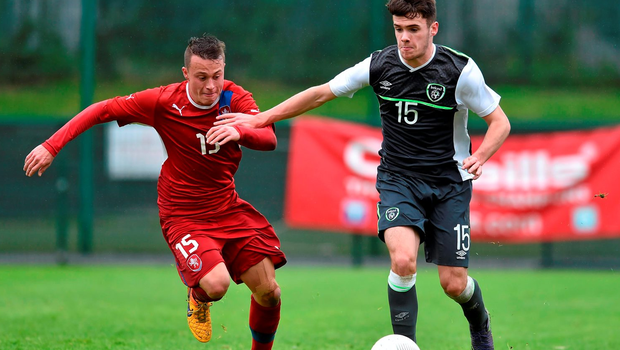 Liam Brady, Republic of Ireland, younger brother of Republic of Ireland senior international Robbie Brady, in action against Patrik Haitl, Czech Republic