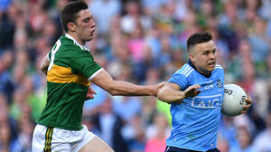David Moran tries to catch Eoin Murchan as the Dublin defender storms towards the Kerry goal in the All-Ireland SFC final replay. Photo: Piaras Ó Mídheach/Sportsfile