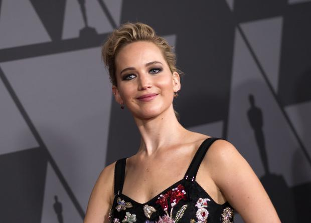 Actress Jennifer Lawrence attends the 2017 Governors Awards, on November 11, 2017, in Hollywood, California. / AFP PHOTO / VALERIE MACON