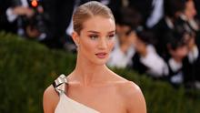 """Rosie Huntington-Whiteley attends the """"Manus x Machina: Fashion In An Age Of Technology"""" Costume Institute Gala at Metropolitan Museum of Art on May 2, 2016 in New York City.  (Photo by Neilson Barnard/Getty Images for The Huffington Post)"""