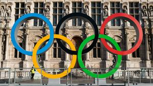 The Olympic rings in front of the town hall to celebrate Paris officially being awarded the 2024 Olympic Games in Paris, France, on October 20, 2017. (Photo by Emeric Fohlen/NurPhoto via Getty Images)