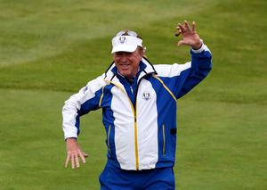 Europe vice captain Miguel Angel Jimenez entertains the crowd on the first tee during the singles matches on day three of the 40th Ryder Cup at Gleneagles Golf Course, Perthshire. PRESS ASSOCIATION Photo. Picture date: Sunday September 28, 2014. Photo credit should read: Andrew Milligan/PA Wire. RESTRICTIONS: Use subject to restrictions. Editorial use only. No commercial use. Call +44 (0)1158 447447 for further information.