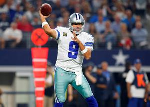 Dallas quarterback Tony Romo threw an 11-yard touchdown pass to Jason Witten with seven seconds left to give the Cowboys a 27-26 win against the New York Giants