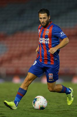 STRANGE EXPERIENCE: Former Ireland midfielder Wes Hoolahan in action for Newcastle Jets against Melbourne City on March 23. Photo by Ashley Feder/Getty Images