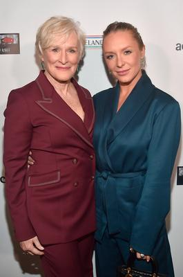 LOS ANGELES, CA - FEBRUARY 21:  Glenn Close and Annie Maude Starke attend Oscar Wilde Awards 2019 on February 21, 2018 in Los Angeles, California.  (Photo by Alberto E. Rodriguez/Getty Images for US-Ireland Alliance )