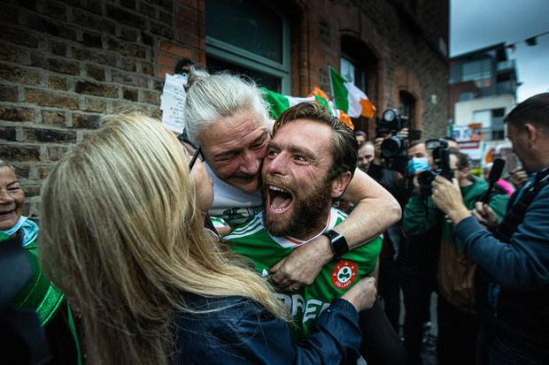 Kellie Harrington 's brother Christopher and mother Yvonne celebrates after her daughter, Kellie won an Olympic Gold medal. Pic:Mark Condren 8.8.2021