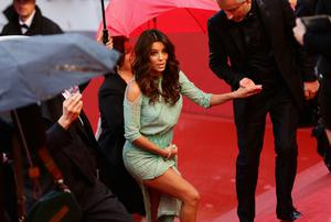 CANNES, FRANCE - MAY 18:  Actress Eva Longoria attends the 'Jimmy P. (Psychotherapy Of A Plains Indian)' Premiere during the 66th Annual Cannes Film Festival at the Palais des Festivals on May 18, 2013 in Cannes, France.  (Photo by Vittorio Zunino Celotto/Getty Images)