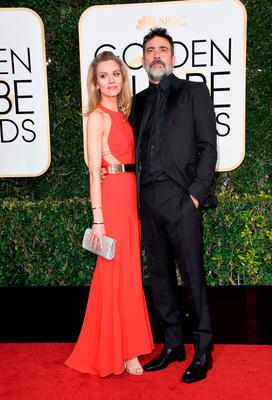 Actors Hilarie Burton and Jeffrey Dean Morgan attend the 74th Annual Golden Globe Awards at The Beverly Hilton Hotel on January 8, 2017 in Beverly Hills, California.  (Photo by Frazer Harrison/Getty Images)