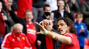 Manchester United's Edinson Cavani celebrates scoring the first goal in the 1-1 draw with Fulham. REUTERS/Phil Noble.