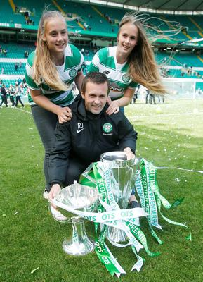 Celtic manager Ronny Deila with his twin daughters, Thale and Live, at Parkhead yesterday