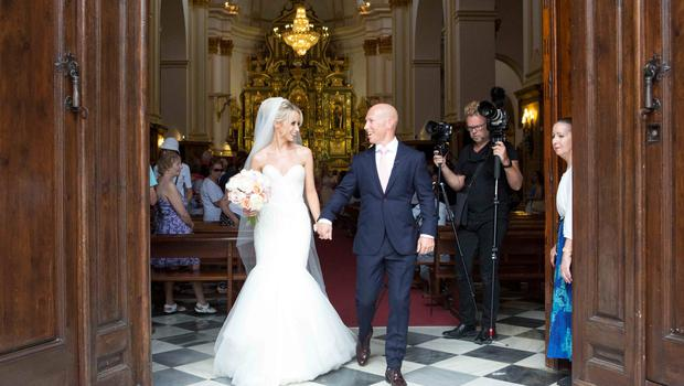 Peter Stringer and Deborah O'Leary. Peter, who plays at scrum-half for Sale and Ireland, married his sweetheart today at 1pm at Nuestra Senora de la Encarnacion at the Plaza de la Iglesia, in the old town of Marbella.
