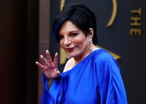 Singer Liza Minelli arrives at the 86th Academy Awards in Hollywood, California March 2, 2014.    REUTERS/Lucas Jackson (UNITED STATES  - Tags: ENTERTAINMENT)  (OSCARS-ARRIVALS)