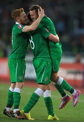 Republic of Ireland's Aiden McGeady celebrates scoring opening goal with James McCarthy and   Stephen Quinn (left)) during the UEFA Euro 2016 Qualifying, Group D match at the Boris Paichadze Dinamo Arena, Tbilisi. PRESS ASSOCIATION Photo. Picture date: Sunday September 7, 2014. See PA story SOCCER Republic. Photo credit should read: Nick Potts/PA Wire