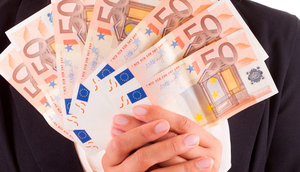 A third of Irish people don't know what type of investment would suit their needs and 27pc are anxious to know more about the return they can expect to get (Stock picture)