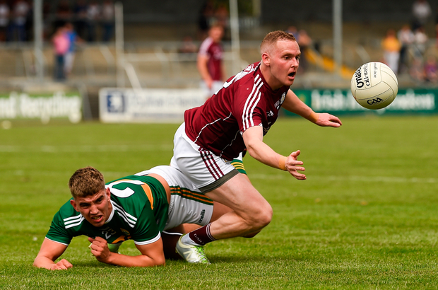 Damien O'Reilly of Galway in action against Cillian Fitzgerald of Kerry during the GAA Football All-Ireland Junior Championship Final match between Kerry and Galway at Cusack Park in Ennis, Co. Clare. Photo by Diarmuid Greene/Sportsfile