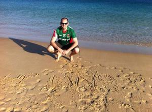 Mike Kelly showing his true colours on the beach in Sagres, Portugal