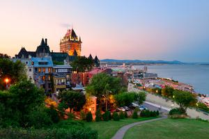 Fall in love: Québec City with Chateau Frontenac at sunset