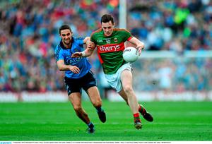 5 September 2015; Diarmuid O'Connor, Mayo, in action against James McCarthy, Dublin. GAA Football All-Ireland Senior Championship Semi-Final Replay, Dublin v Mayo. Croke Park, Dublin. Picture credit: Stephen McCarthy / SPORTSFILE