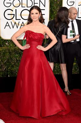 Golden Globes 2015: Actress Catherine Zeta-Jones  may have been likened to the salsa dancer emoji, but pre-smartphone, this would be considered a 10/10.