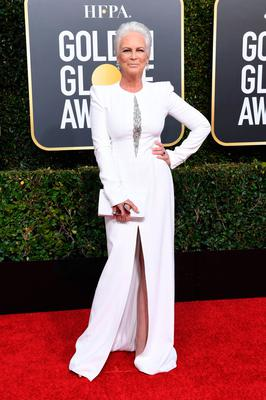 Jamie Lee Curtis looked fantastic in all white. Photo: Getty Images