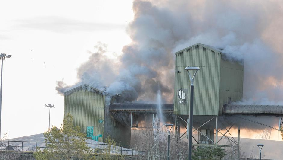 A major fire broke out at the R & H Hall storage facility in Cork Port which houses animal feed. Picture: David Creedon / Anzenberger