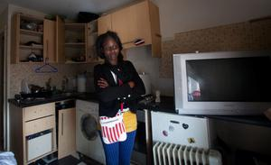 Damaris Dickenson who lives in a housing complex in Kelly's Row, Dublin where people living there are facing eviction. Photo: Gareth Chaney Collins